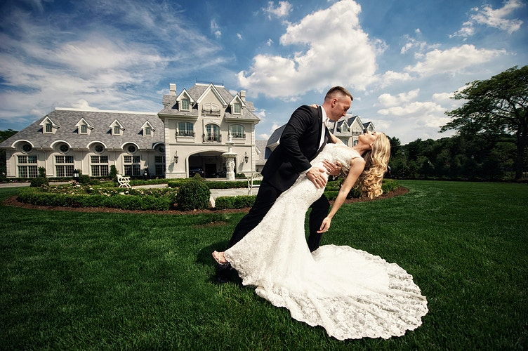 Ashley And Stephen Park Chateau Estate And Gardens - New York, New Jersey and Connecticut Photographer | Jesse Rinka