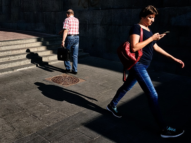 Candid Street Color - Jean-Marc Bara PHOTOGRAPHY