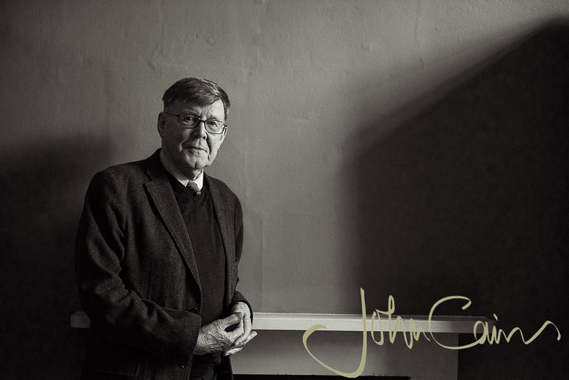 Alan Bennett - Photographed in the Bodleian Library during The Oxford Literary Festival - John Cairns Photography