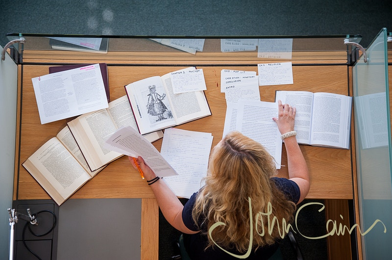 Library photography in the Rothermere American Institute - John Cairns Photography