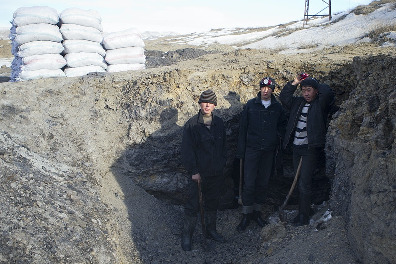 Kyrgyzstans Killer Coal - Augo Photograph & Essay