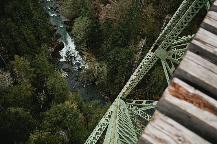 Vance Creek III - Jordan Voth | Seattle Wedding & Portrait Photographer