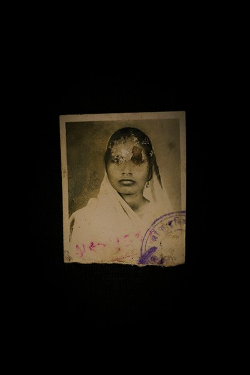 Indian Acid Survivors - Jordi Pizarro.