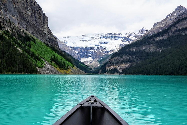 Canoe on Lake Louise - Canada - Justin Britton Photography
