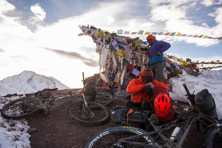 Ladakh Bike Packing Bike Magazine - KARI MEDIG