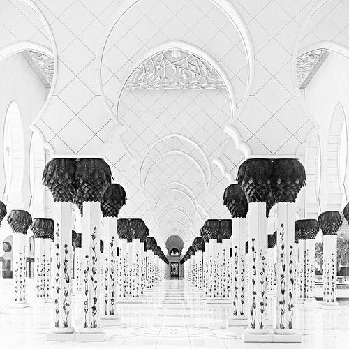 Sheikh Zayed Grand Mosque, Hall; Abu Dhabi, UAE - Kirk Marshall Photography