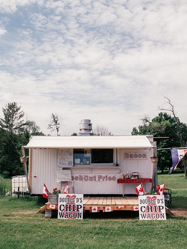 Double D's Chip Wagon - LAURA E. STANLEY