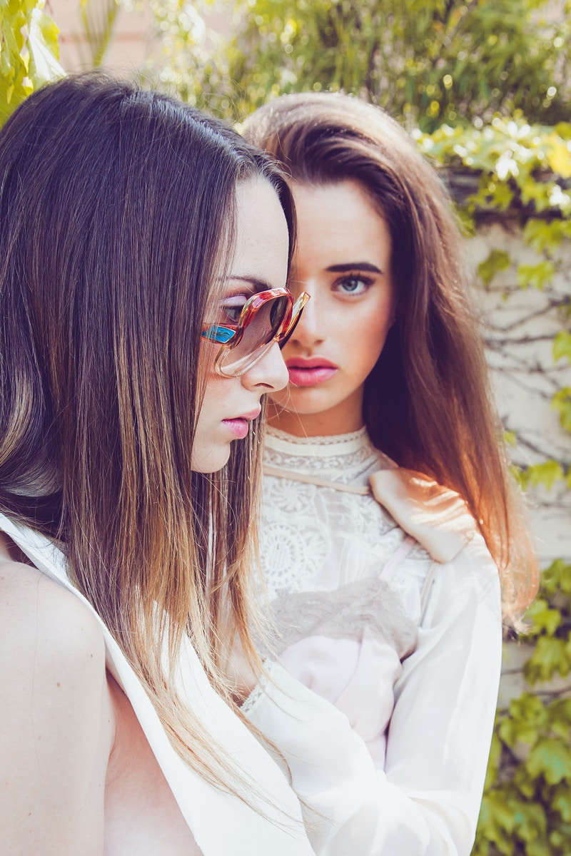 Sophia And Bailee - Liza Boone Photography