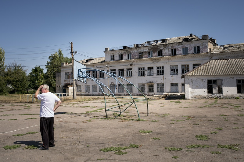 Postcards From Donbass - Luca Piergiovanni