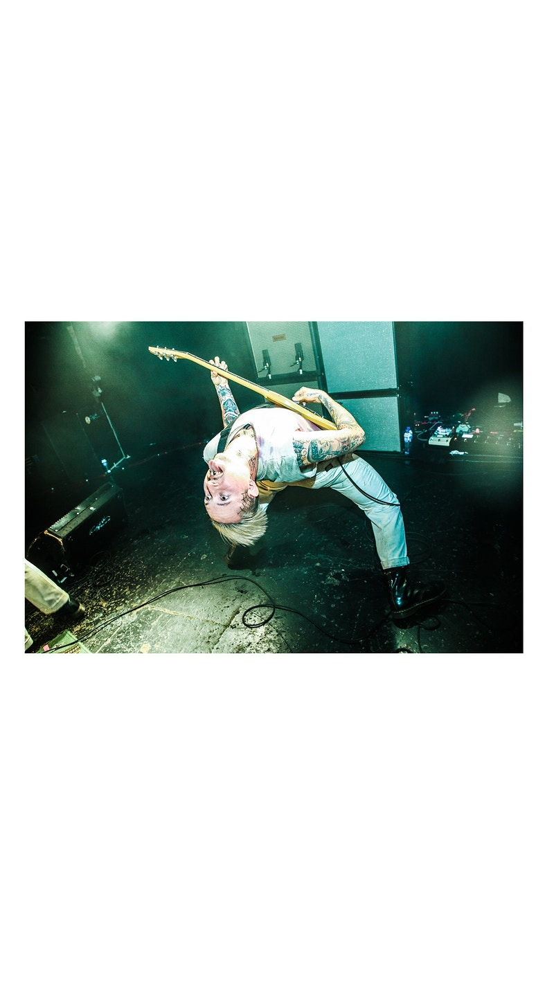 Slaves Tour - Luis Kramer