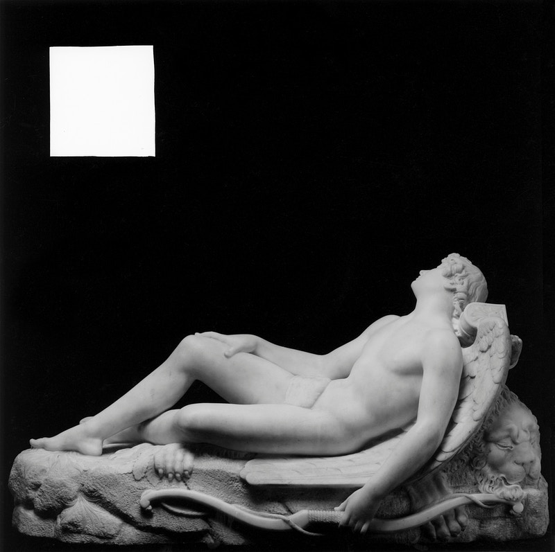 Robert Mapplethorpe, Sleeping Cupid, 1989. © Robert Mapplethorpe Foundation. - MARC ATLAN DESIGN