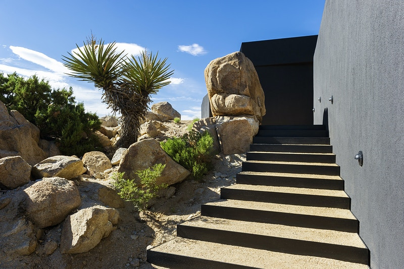 Black Desert House - MARC ATLAN DESIGN