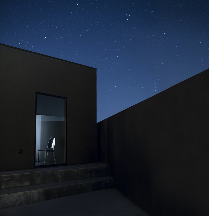 The Black Desert House - MARC ATLAN DESIGN