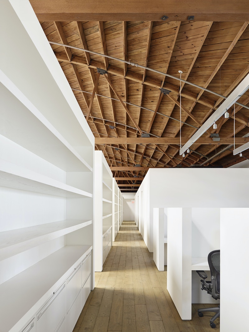 Marina Del Rey Headquarters - MARC ATLAN DESIGN