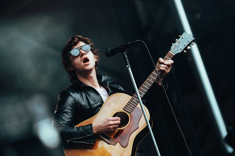 The Last Shadow Puppets - MJB