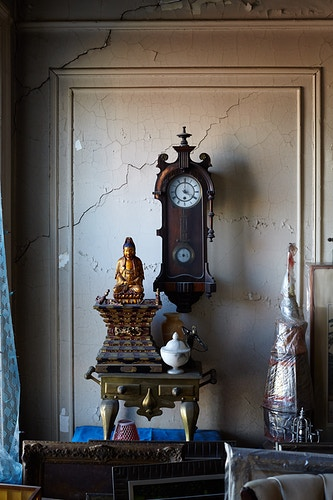 Estate Sale - Max Kelly Photography