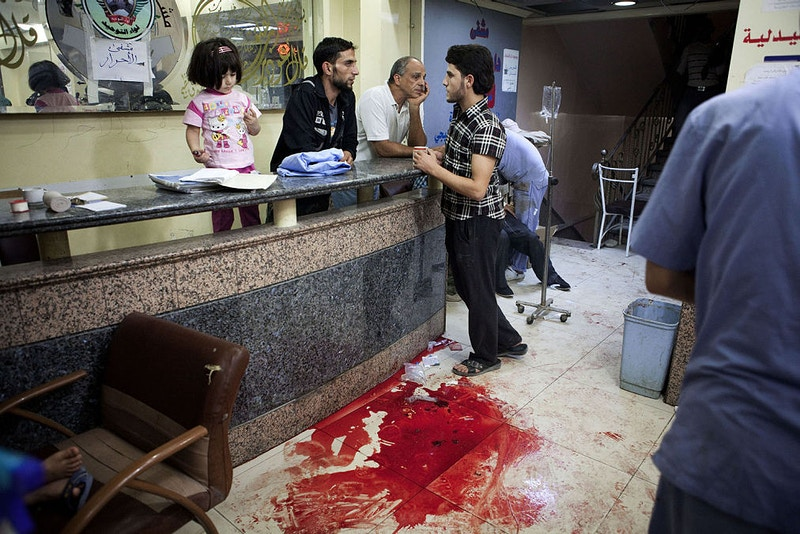 2012 13 Syria Hospital At War - Maysun Visual Journalist