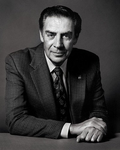 Jerry Orbach - Michael Daks