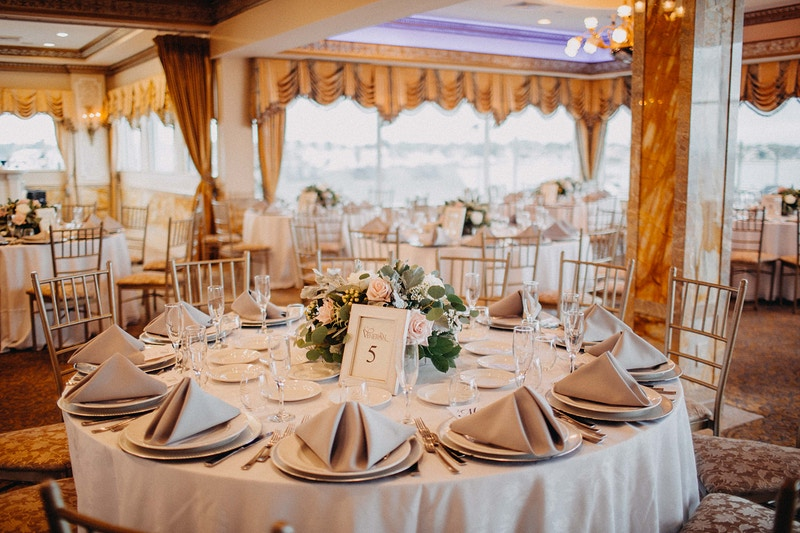 Lauren And Mike Venetian Yacht Club Babylon Ny - Michael Cassara | Photography - Long Island Wedding Photographer