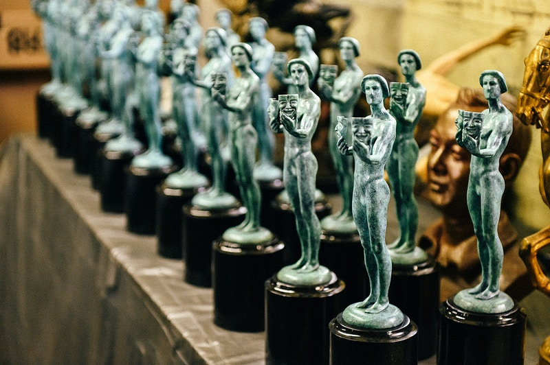 How To Make A Sag Award - MIKE WINDLE