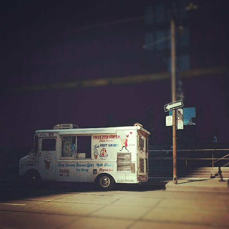 Ice Cream Truck I - Ardean Peters | Toronto Photographer | Portraits, People & Light
