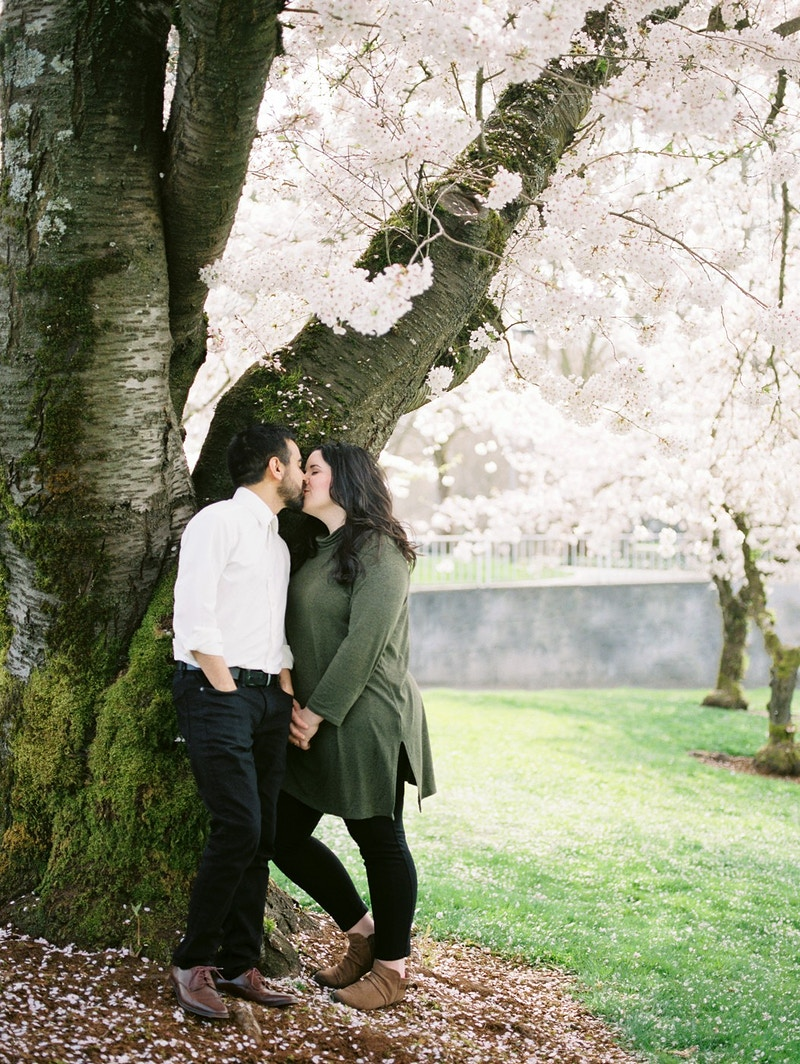 Tiffany And Aaron Renton Washington - Mist of Morning Photography