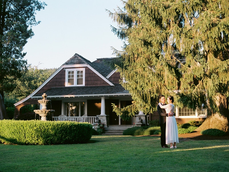 Paul And Susan Laurel Creek Manor - Mist of Morning Photography