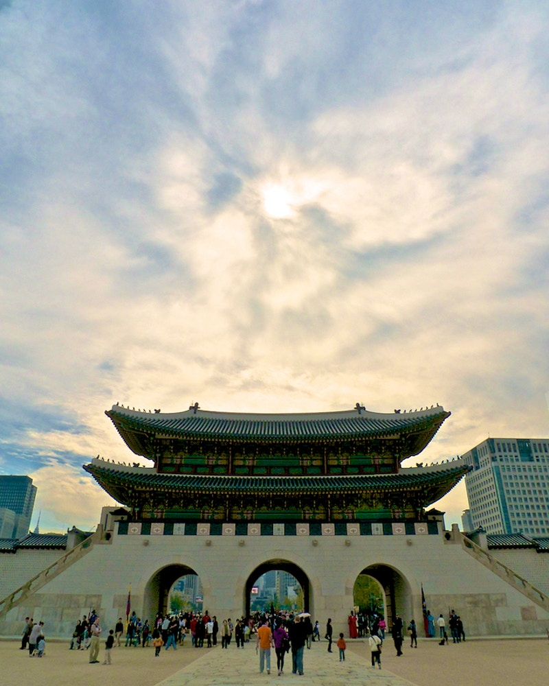 Faces Of Seoul - New Light Dreams | PHOTOGRAPHY BY CRAIG C LEWIS