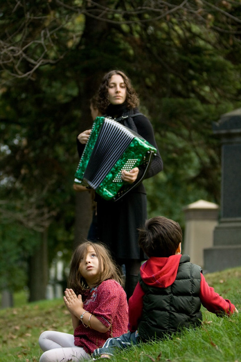 Angels & Accordions, Green-Wood Cemetery, Brooklyn - Nina Hollington Photography