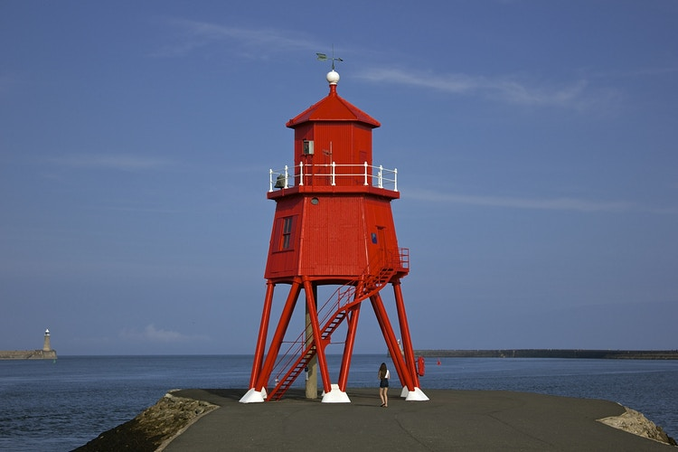 Herd Groyne Lighthouse - Northbound Photography