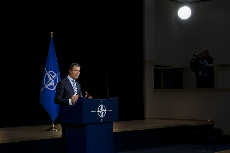 Anders Fogh Rasmussen, Secretary General of NATO, gives the conclusion after meeting with other ministers of Defense at NATO headquarters in Brussels - Pablo Garrigós