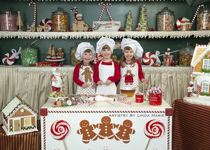 Gingerbread Bakery - Portrait Artistry by Linda Marie | Newborn, Children & Family Photography