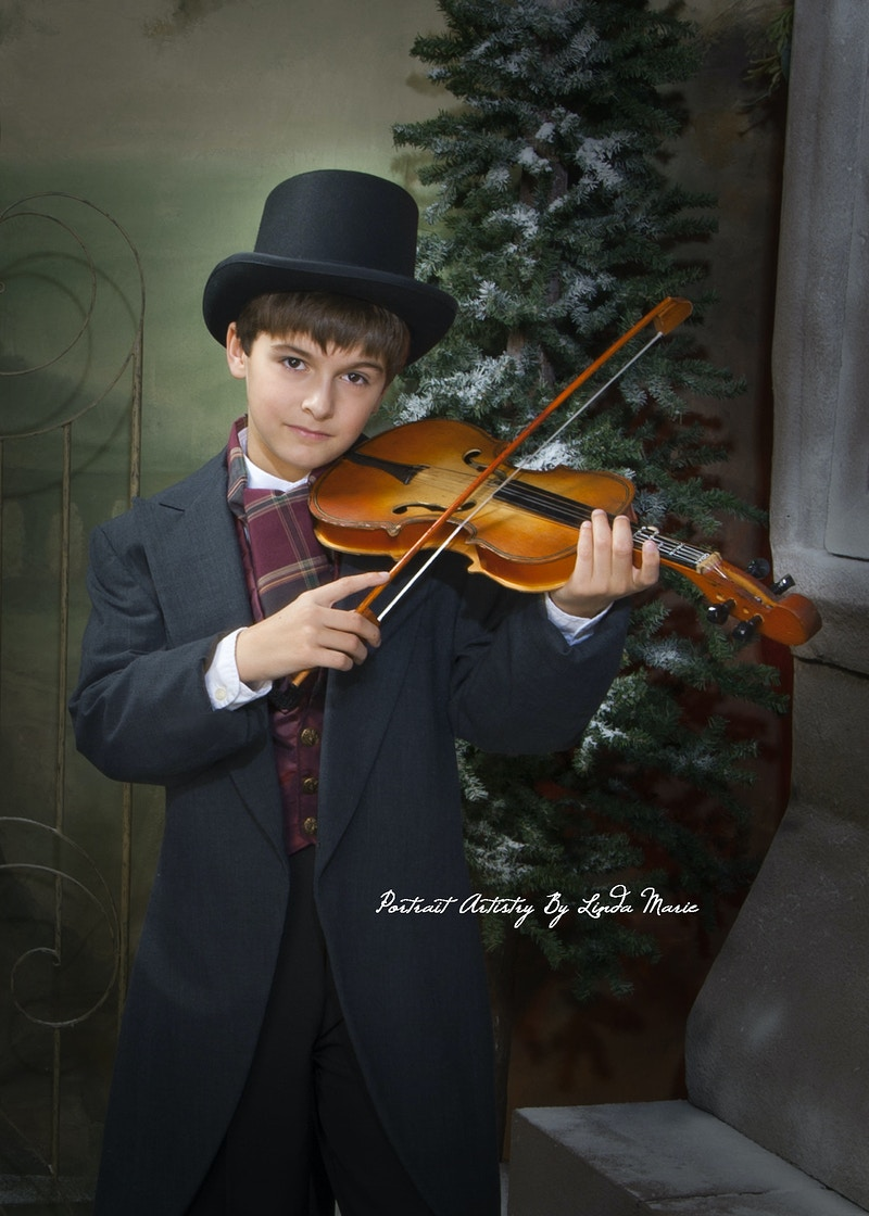 A Christmas Carol - Portrait Artistry by Linda Marie | Newborn, Children & Family Photography