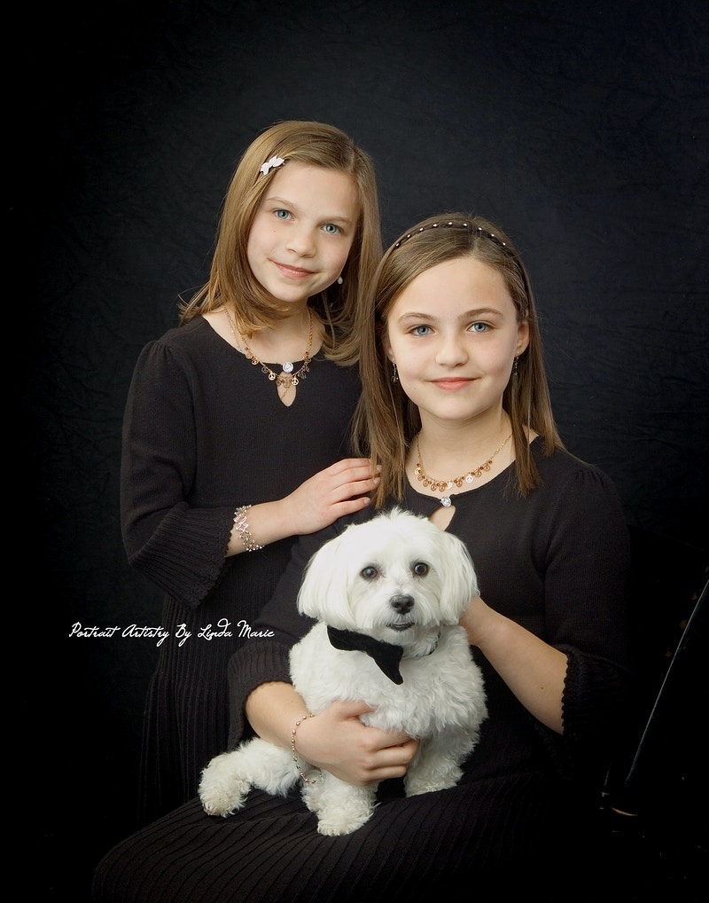 Best Friends Holiday - Portrait Artistry by Linda Marie | Newborn, Children & Family Photography