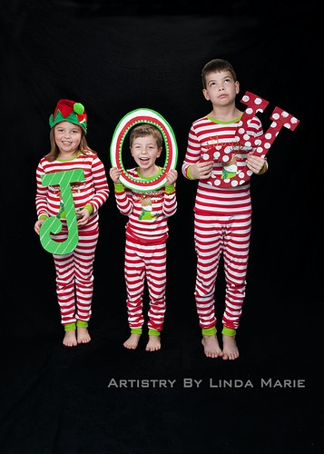 Classic Holiday - Portrait Artistry by Linda Marie | Newborn, Children & Family Photography