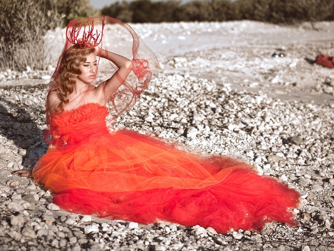 Marea Roja - Ricky Lindsay Couture