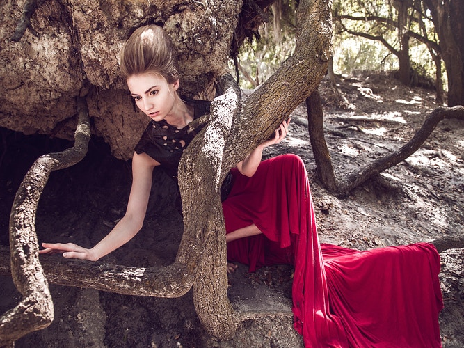 Earthling - Ricky Lindsay Couture