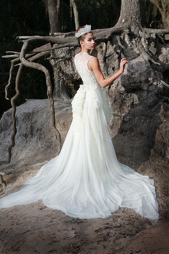 Bridal And Evening Wear - Ricky Lindsay Couture