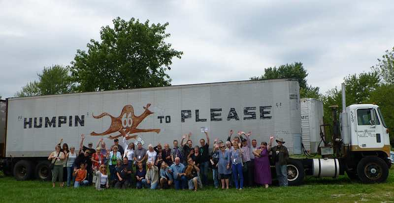 2012 Tin Can Caravan - Group Photo 2 - Roots on the Rails