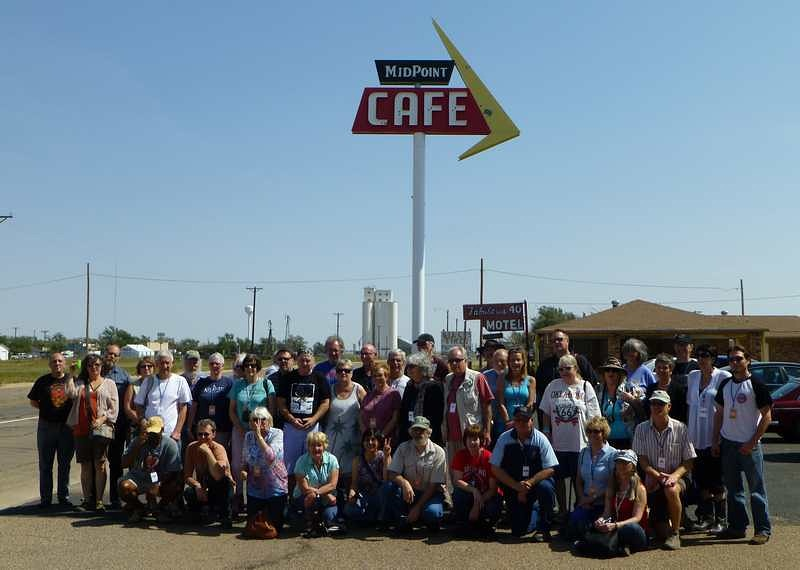 2012 Tin Can Caravan - Group Photo 4 - Roots on the Rails