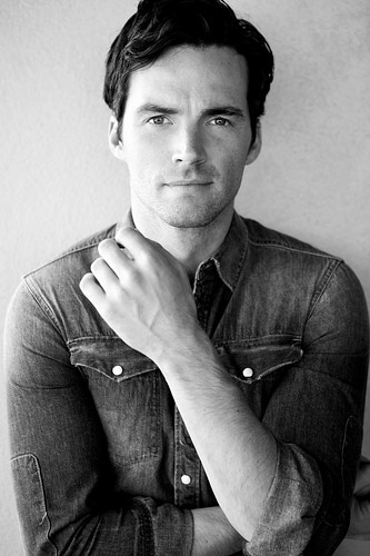 Ian Harding - Ross Ferguson Photography