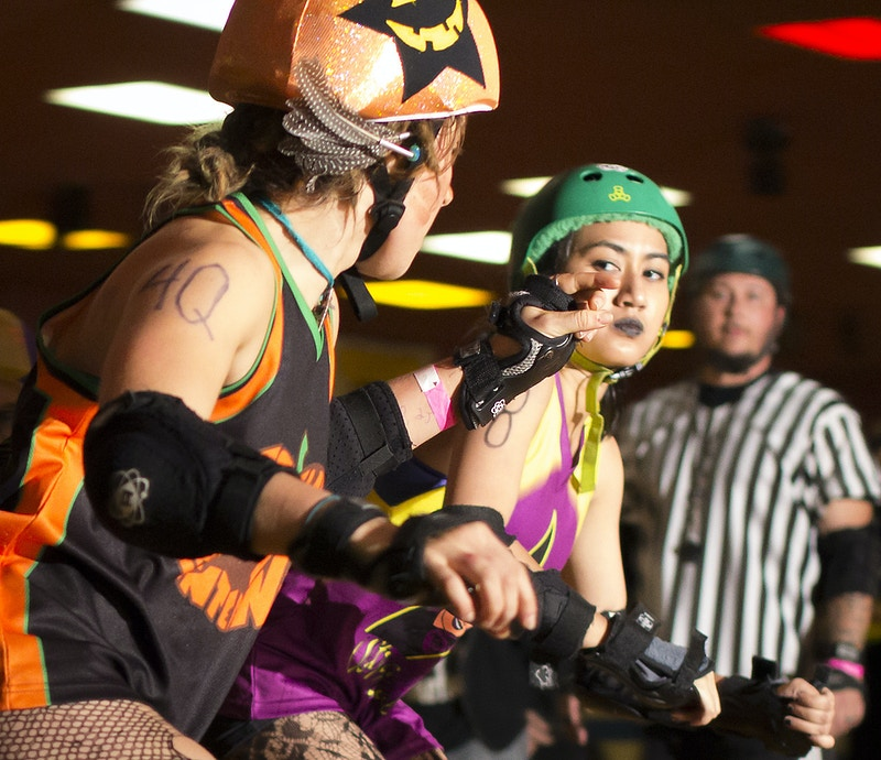 Roller Derby - Rust Belt Raw, editorial photography by Lex Dodson.
