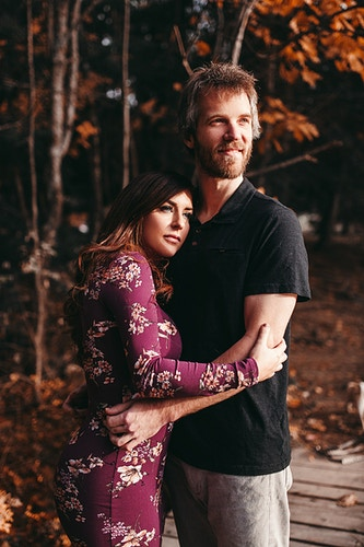 Autumnal engagement shoot - Creative Portrait Photographer :: Portland, Maine - Savannah Daras