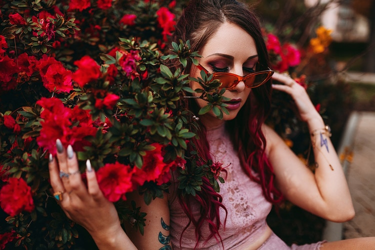 Rose colored glasses - Creative Portrait Photographer :: Portland, Maine - Savannah Daras