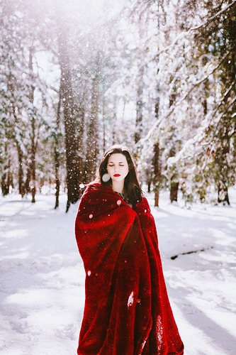 winter photoshoot magical light - Creative Portrait Photographer :: Portland, Maine - Savannah Daras