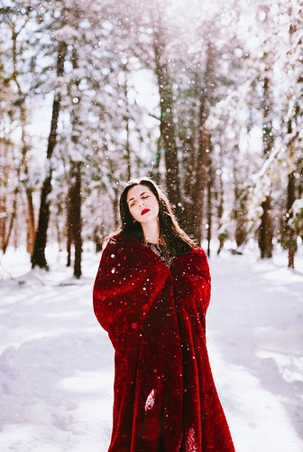 Winter photoshoot - Creative Portrait Photographer :: Portland, Maine - Savannah Daras
