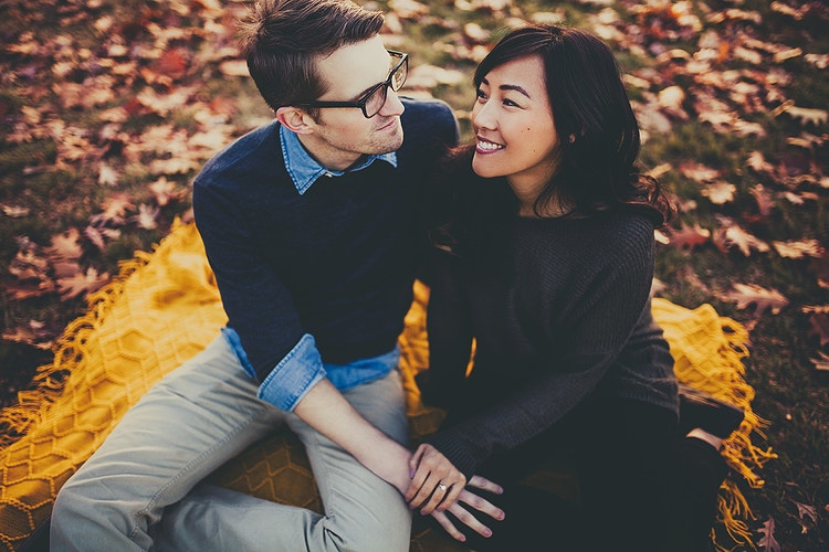 Adorable couple fall photoshoot - Creative Portrait Photographer :: Portland, Maine - Savannah Daras