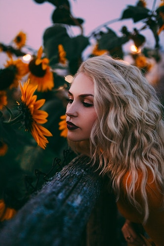 Amongst the sunflowers - Creative Portrait Photographer :: Portland, Maine - Savannah Daras