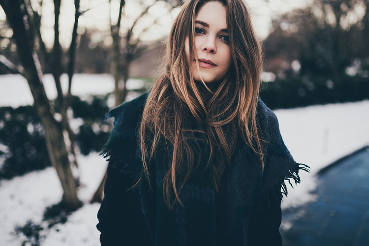 Winter lifestyle Brooklyn - Creative Portrait Photographer :: Portland, Maine - Savannah Daras