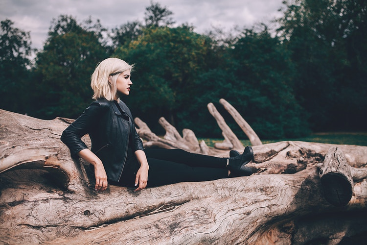 Lifestyle - Creative Portrait Photographer :: Portland, Maine - Savannah Daras